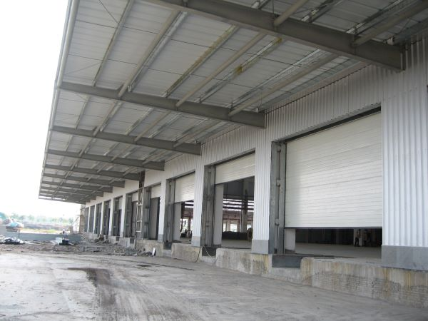 工业门生产厂家意大利耐氏电机的工业提升门应用案例